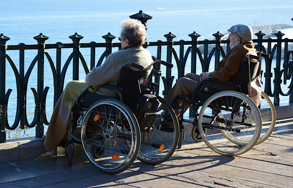 couple in wheelchairs